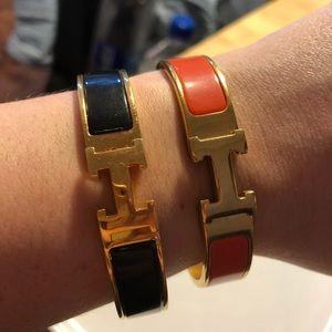 H style bracelet set
